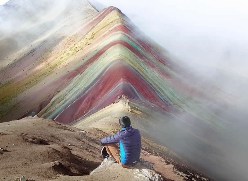 rainbow mountain 2 day trek
